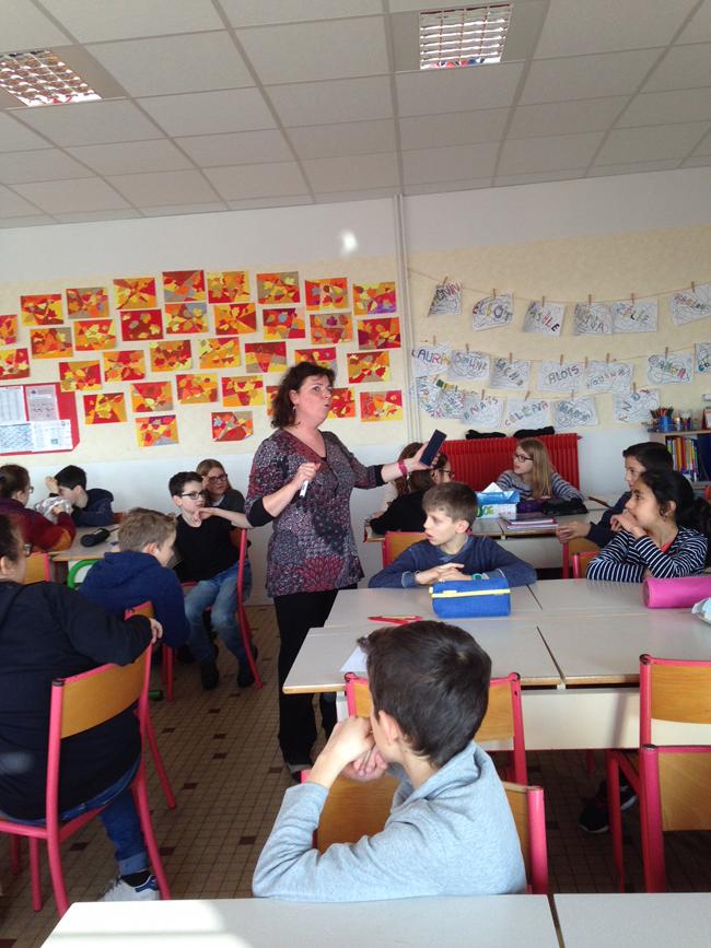 Les élèves de CM2 apprennent l'Espagnol
